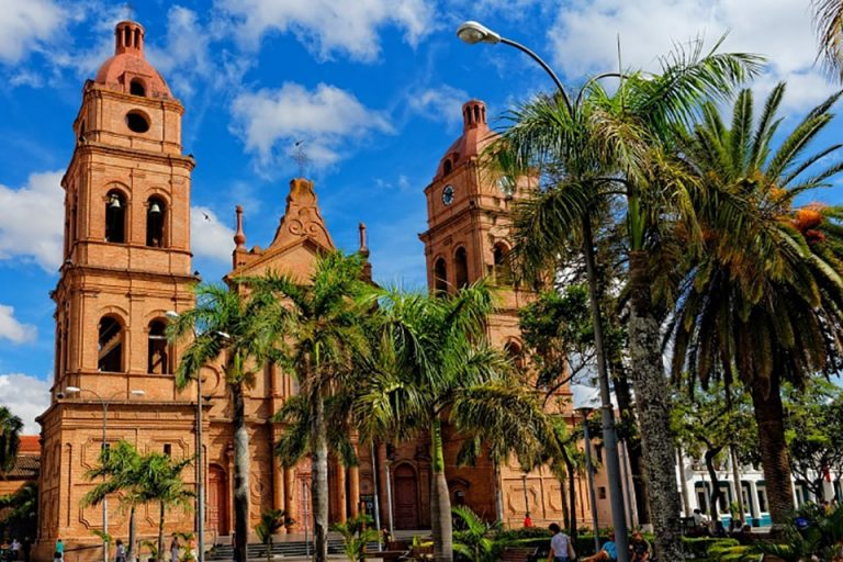 Flights from New York, USA to Santa Cruz, Bolivia from only $446 roundtrip