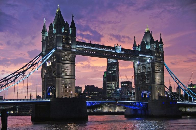 Flights from Oakland, USA to London, UK from only $434 roundtrip