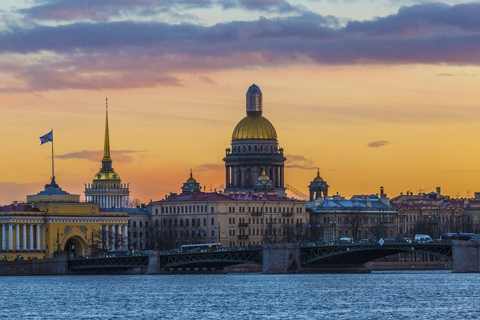 Flights from Shanghai, China to St. Petersburg, Russia from only $932 roundtrip