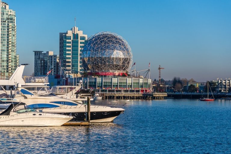 Flights from Miami, USA to Vancouver, Canada from only $270 roundtrip