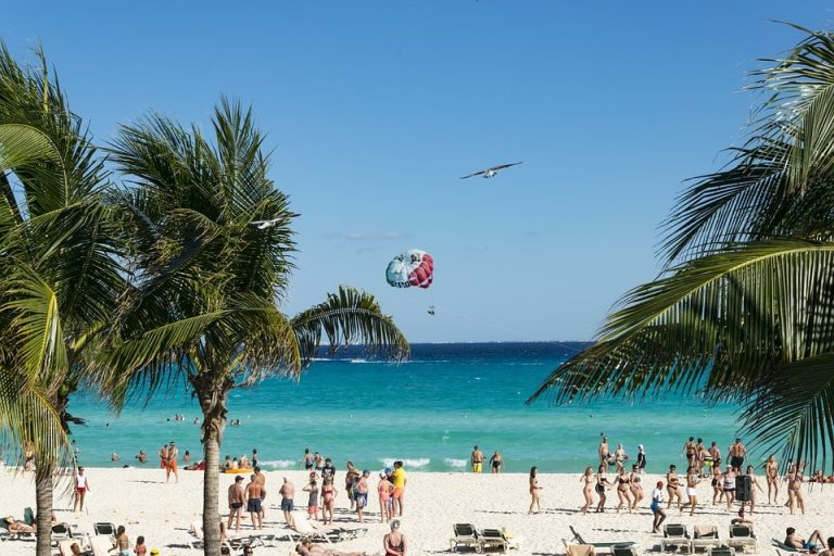 Flights from New Orleans, USA to Cancun, Mexico from only $218 roundtrip