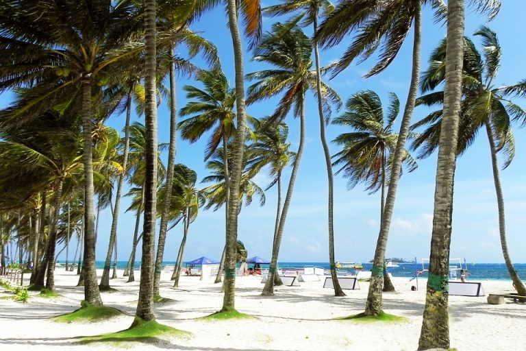 Flights from Boston, USA to San Andres Island, Colombia from only $305 roundtrip